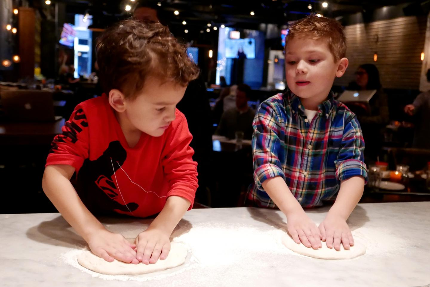Stella Barra Kids making pizzas kid friendly restaurants los angeles