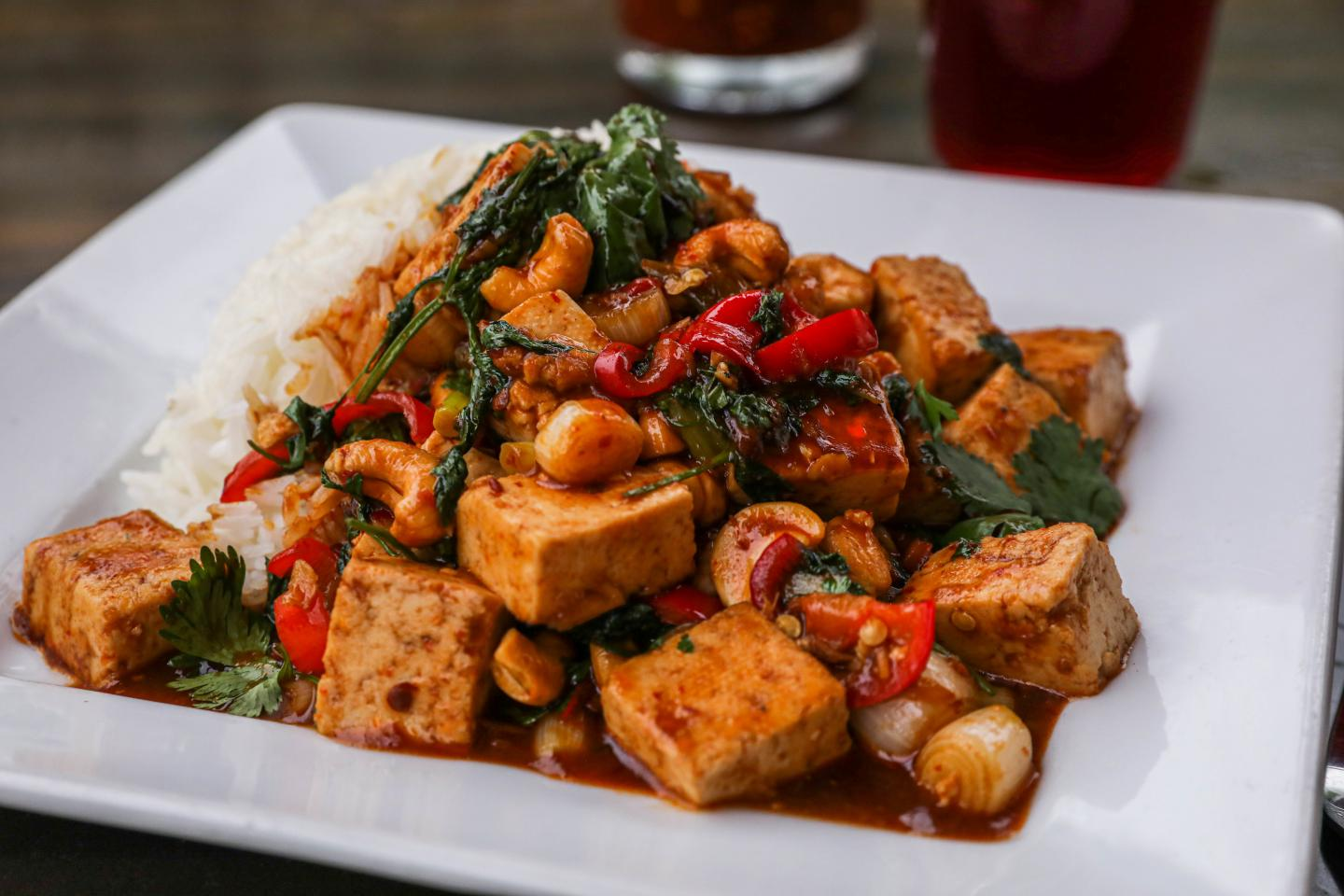 Big Bowl Cashew Tofu