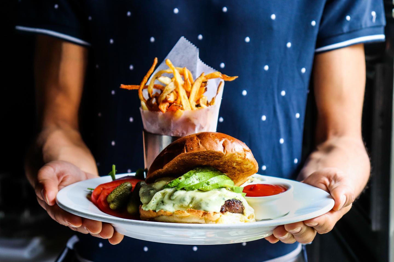 Mon Ami Gabi Green Goddess Burger