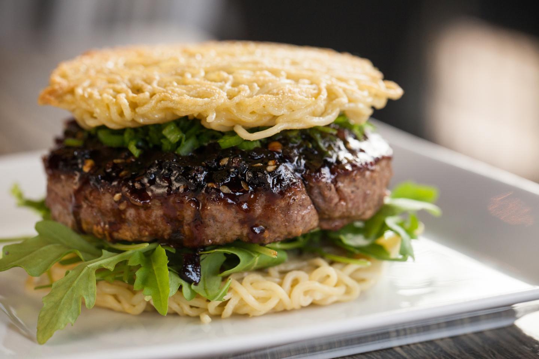 Tokio Pub Ramen Burger