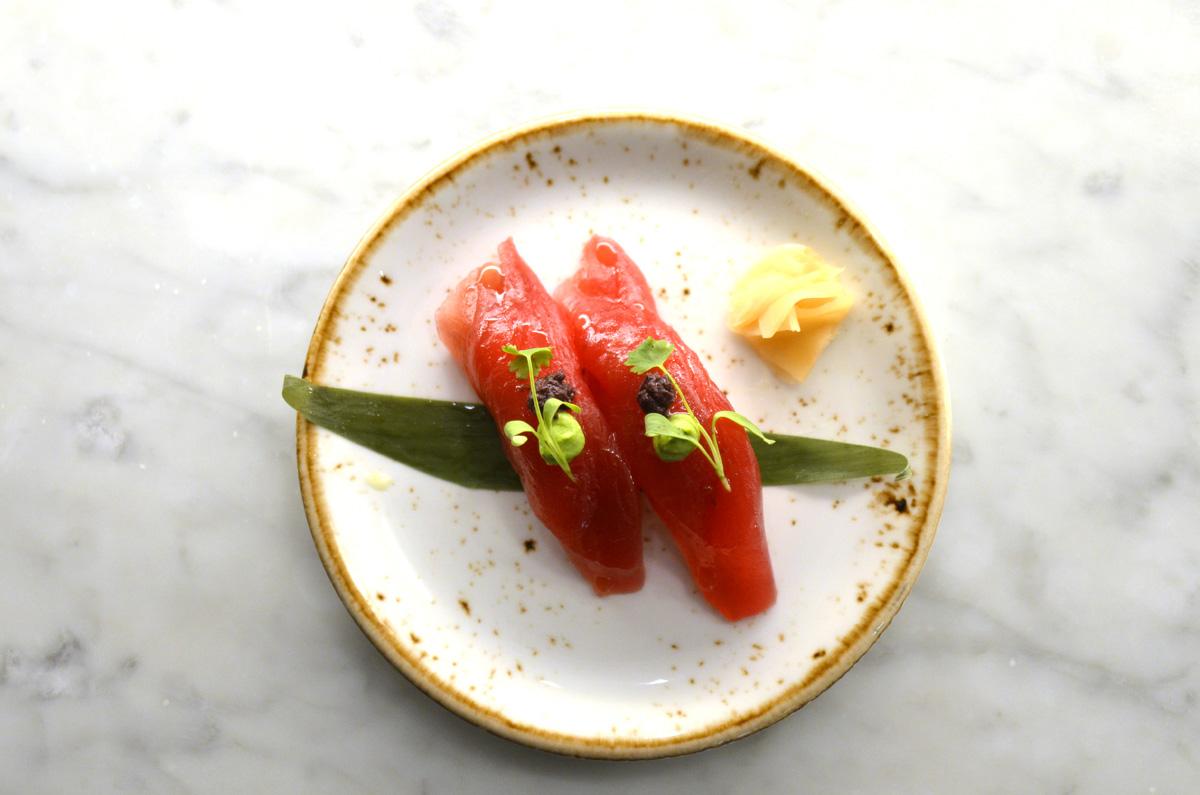 Naoki-Sushi_Tuna-Nigiri