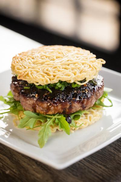 Tokio Pub's Ramen Burger
