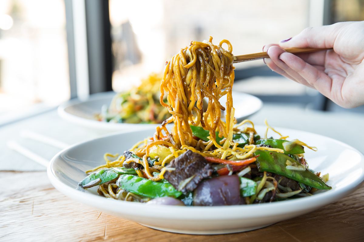 big bowl chow mein noodles where to eat lunch twin cities