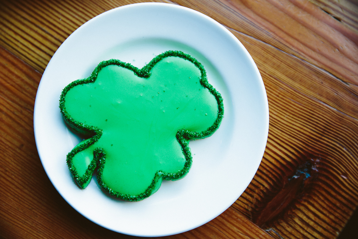 clover shaped cookie from beatrix