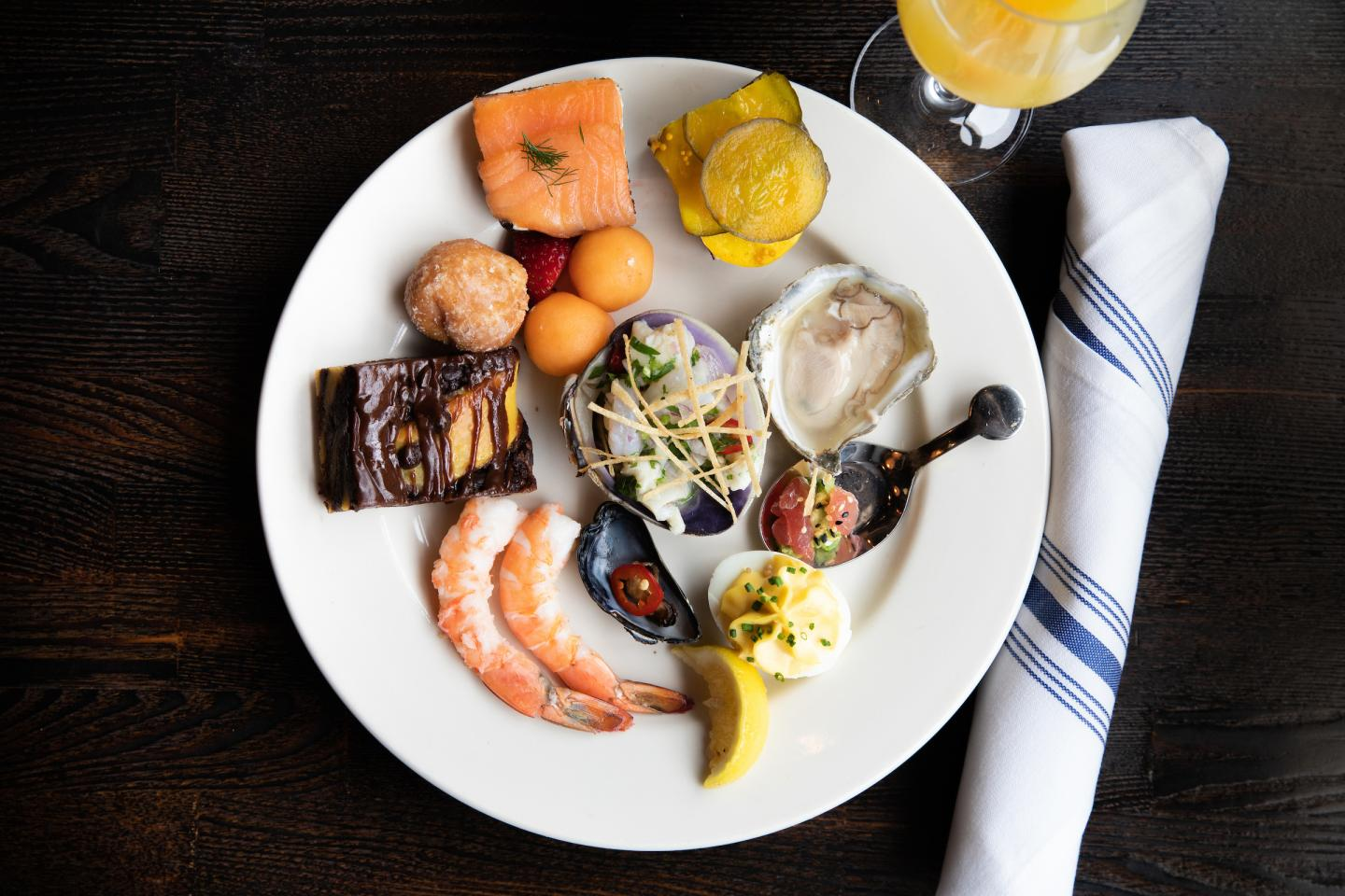 brunch buffet at Oyster Bah