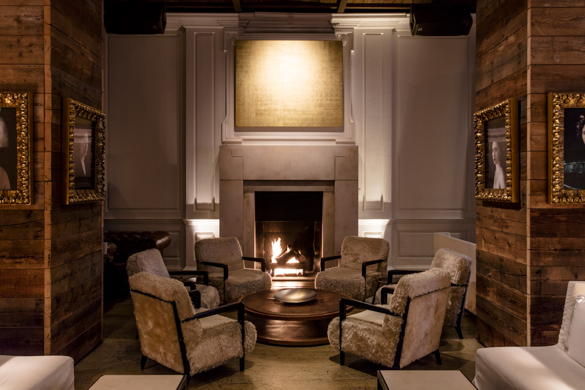 The Library Bar at Booth One in The Ambassador Chicago