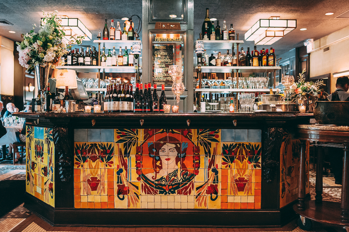 Bar at Mon Ami Gabi Lincoln Park