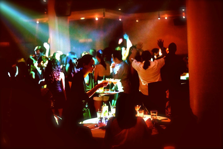 party at vida 27 night club