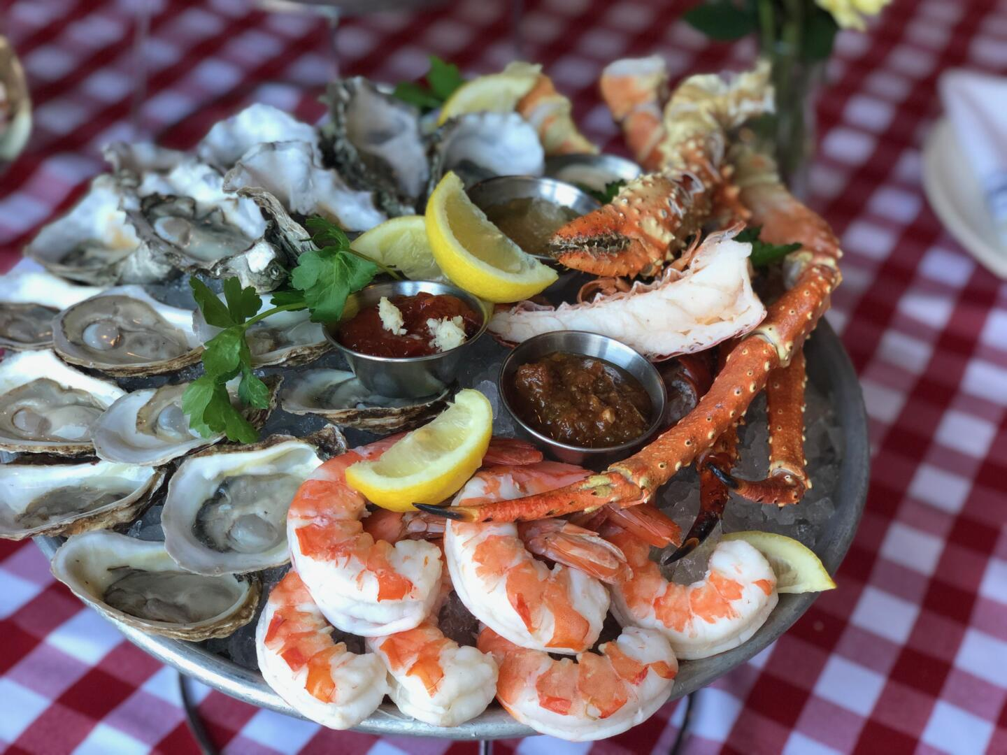 Quality Crab and Oyster Bah Platter