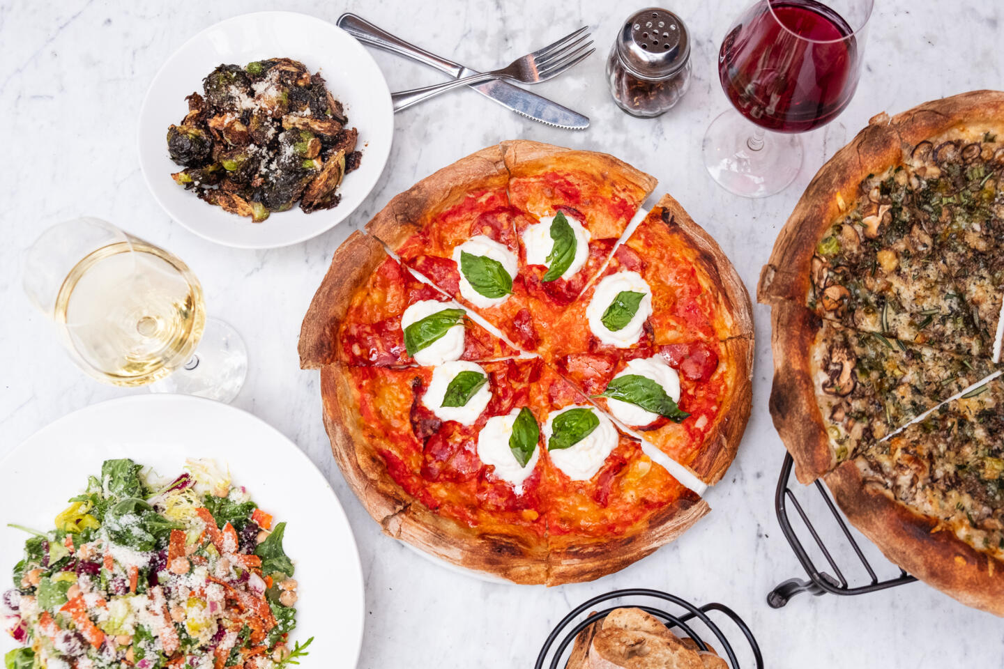 Pizzas and apps at Stella Barra