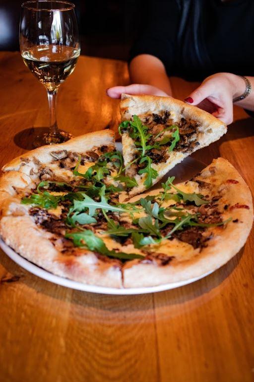 Saranello's Pizza