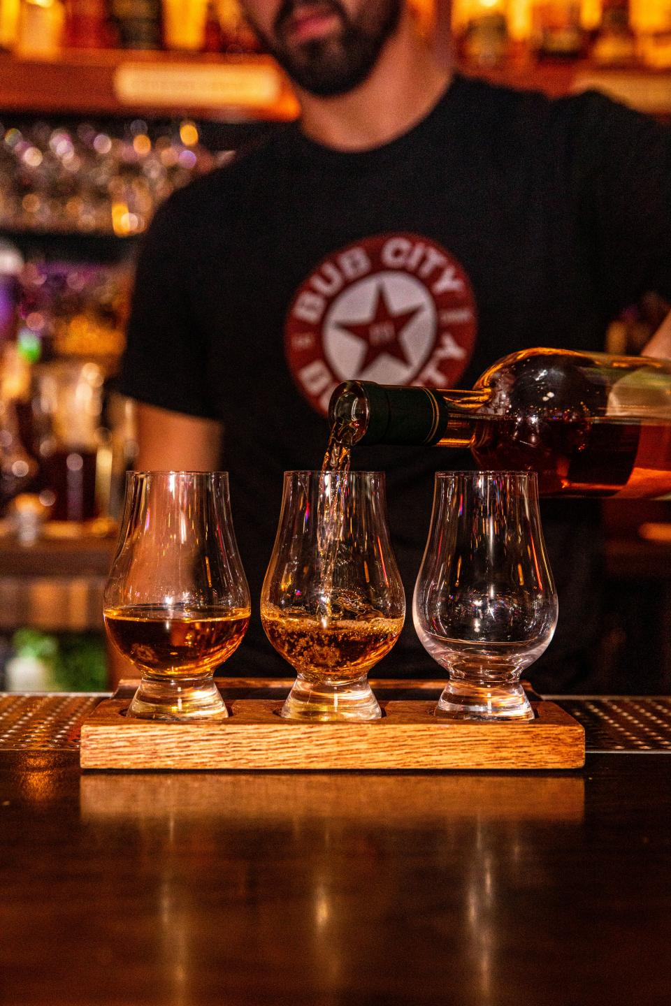 Bub City Whiskey Flight Pour