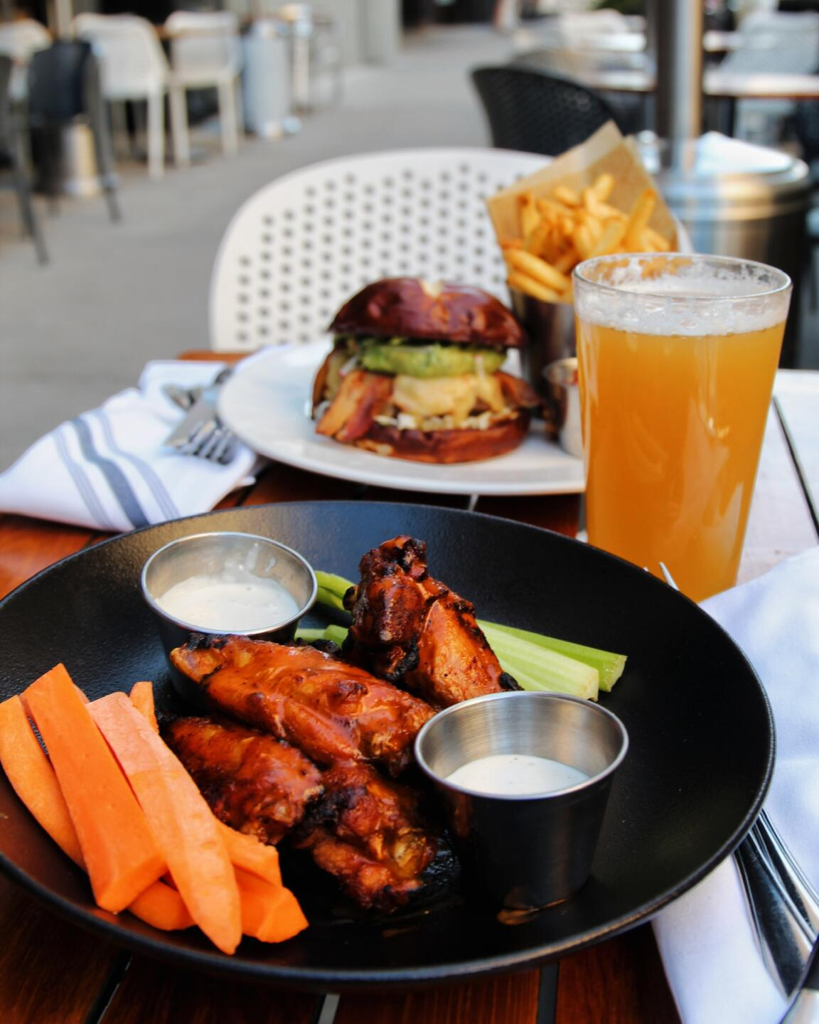 Hub 51's grilled spicy wings