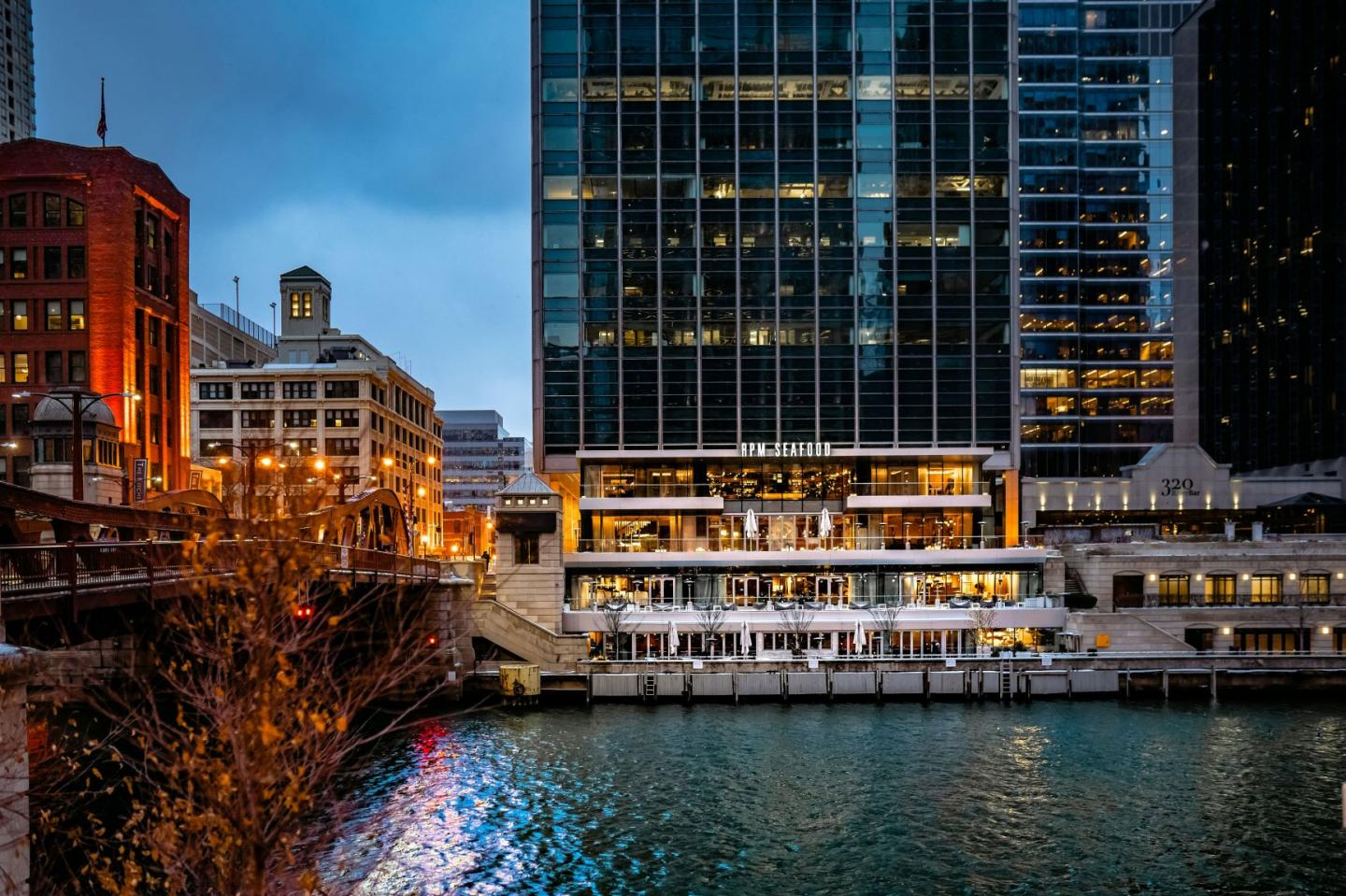 View of RPM Seafood from the Chicago River