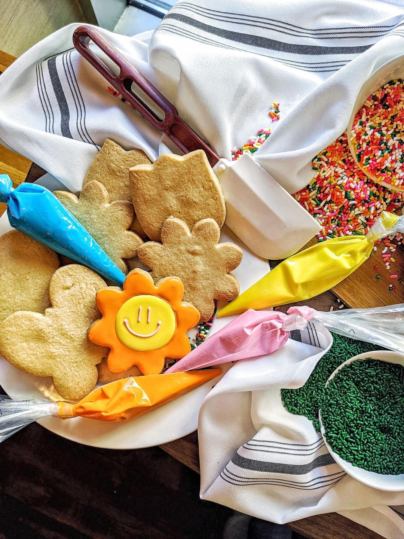 Beatrix Cookie Decorating Kit