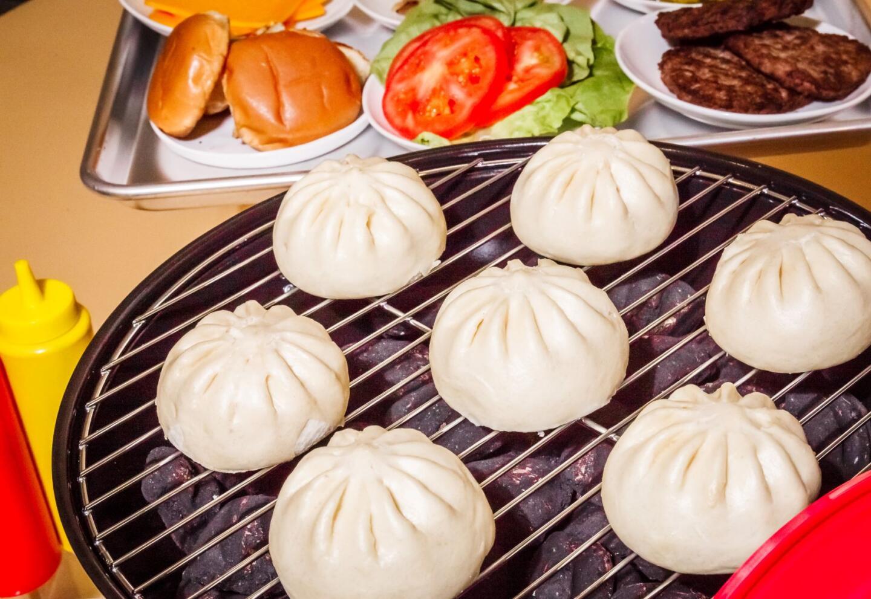 Cheeseburger bao