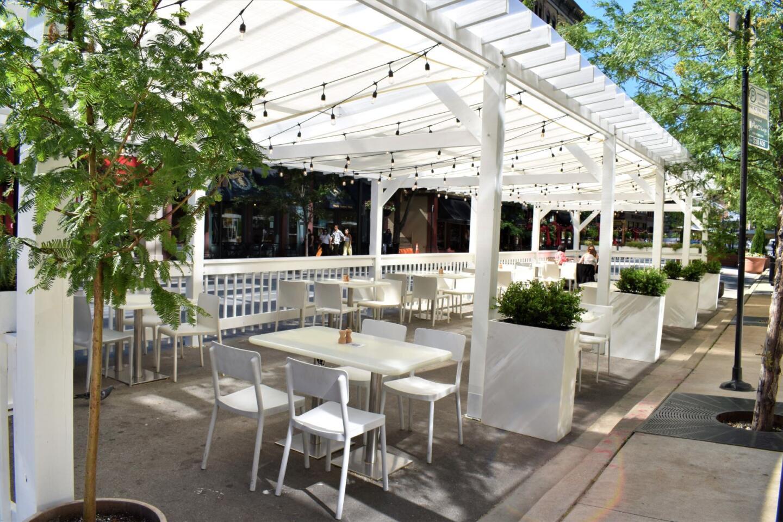 Ema summer patio
