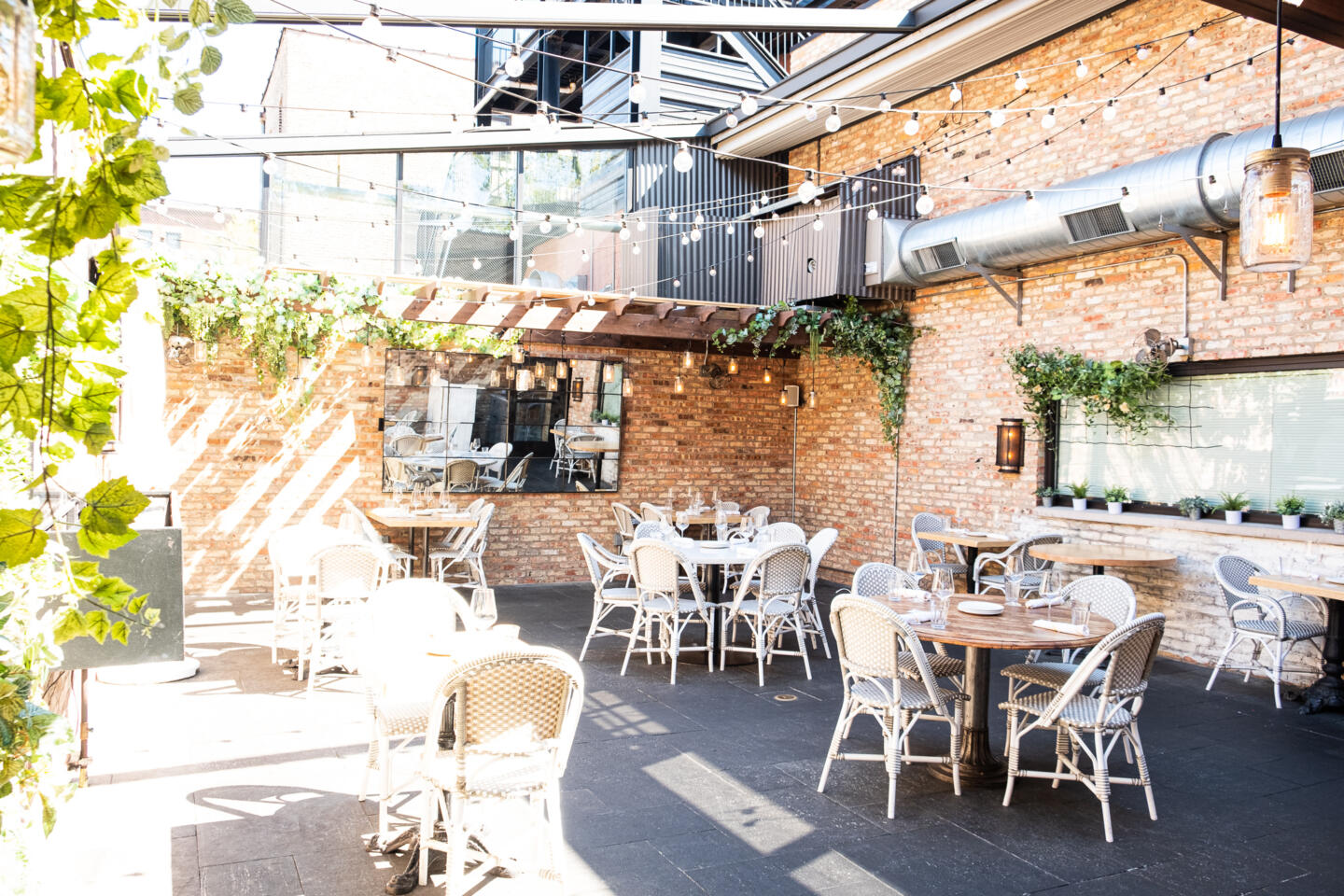 Summer Houes patio