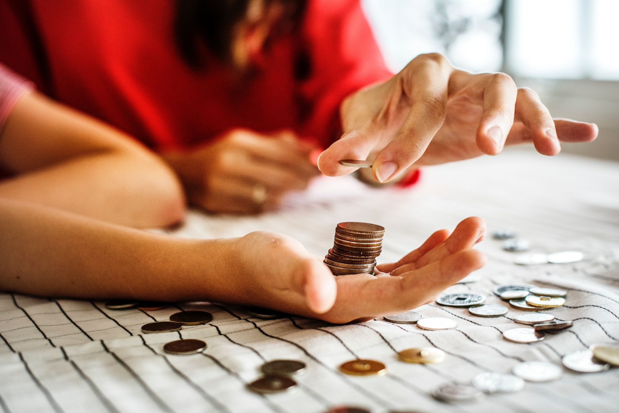 Easy Ways to Invest and Make Your Money Work For You