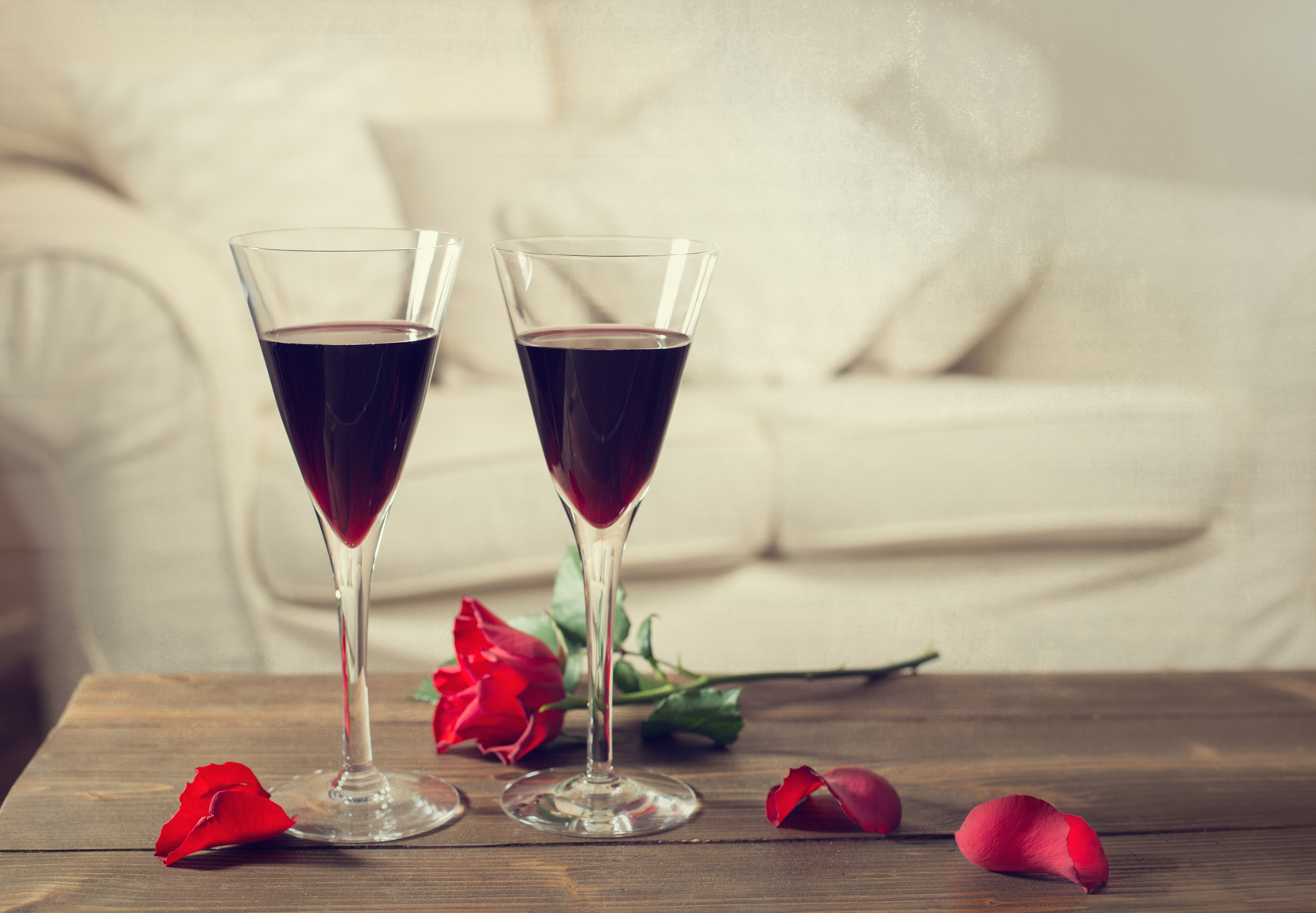 A Valentine's Toast to Red Wine