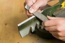 Sharpening blades