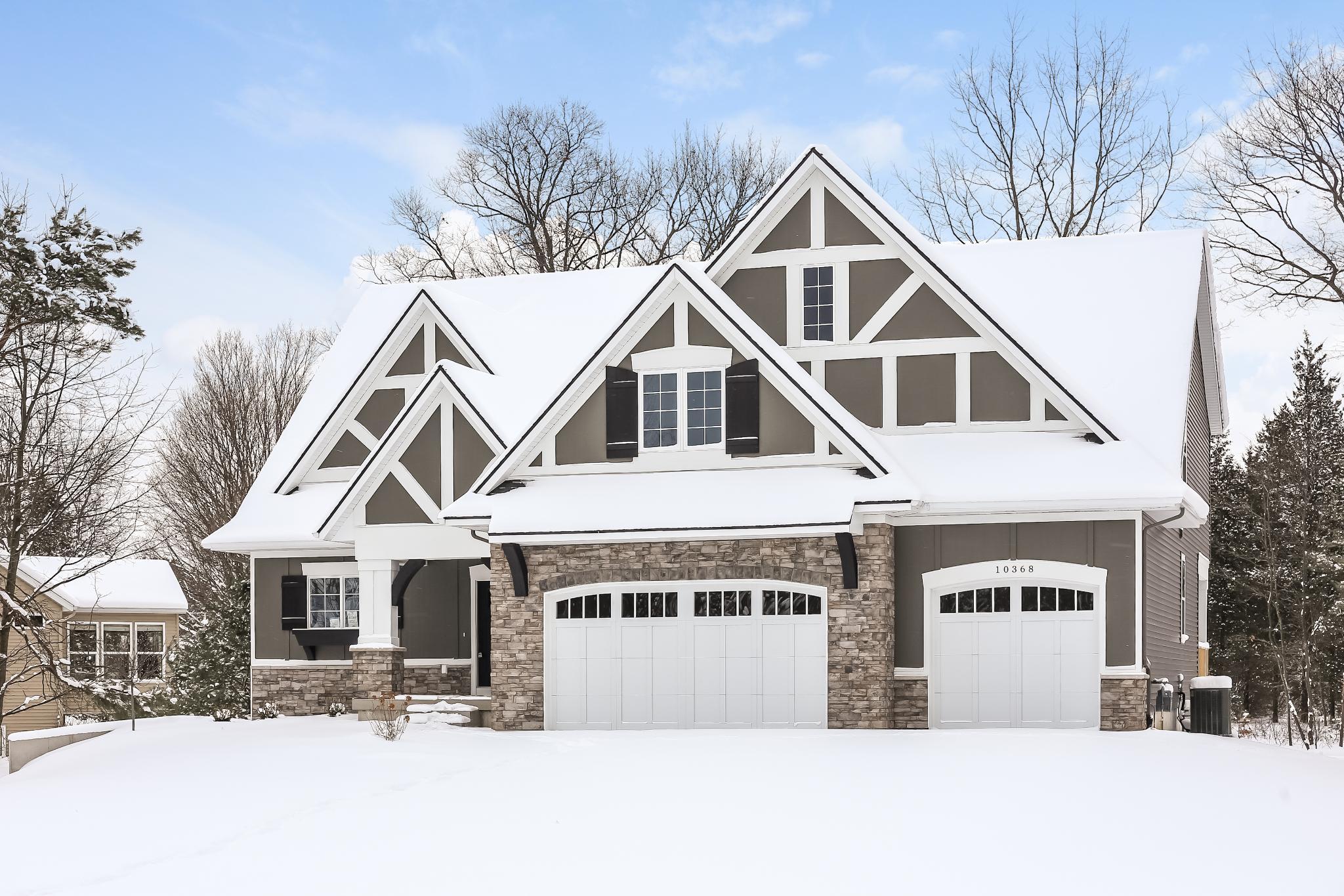 10368 Mesic Drive | Lakeshore Woods | Eagle Creek Homes