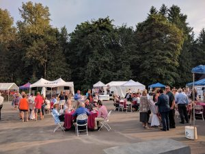 Dining, Seating and Live Music at the Parade of Homes 2017