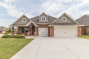 New homes in Norman OK in a Taber community