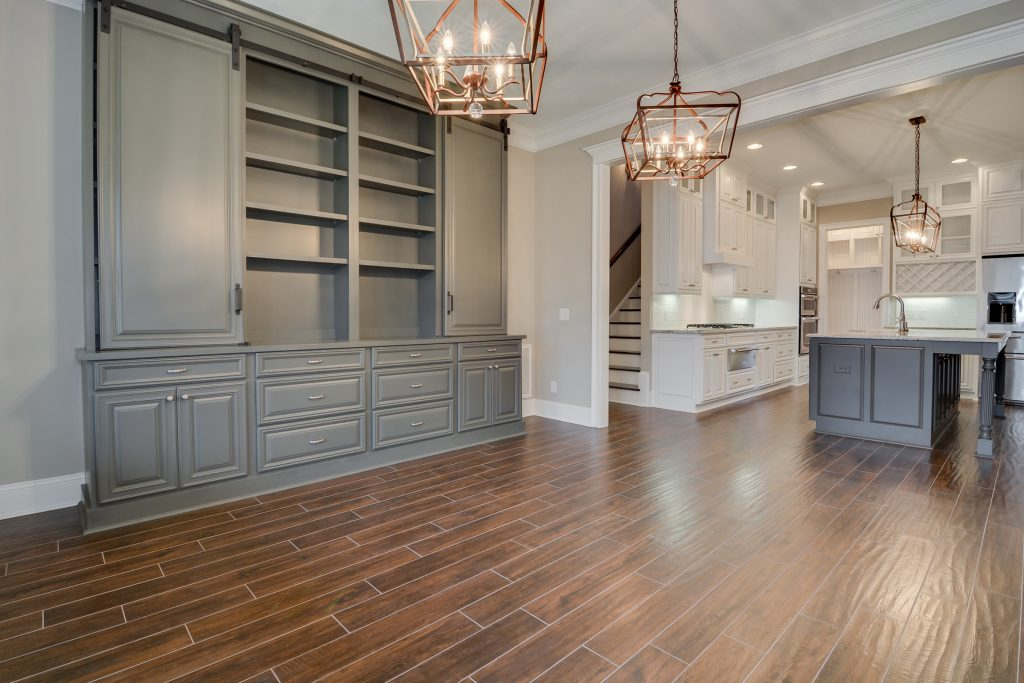 Open floor plans for entertaining_open kitchen and dining room_large kitchen island
