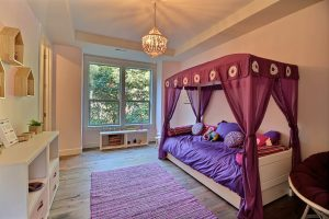 Kids Room Four Post Canopy Bed