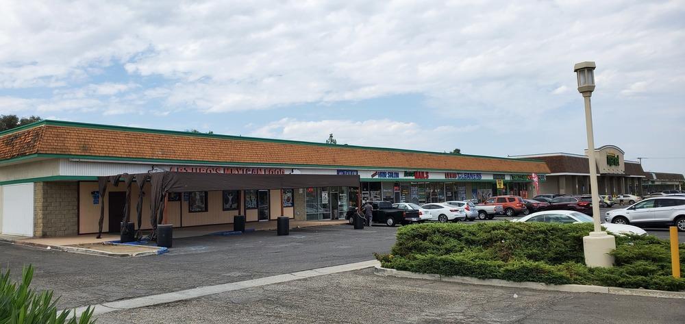 Diamond Valley Shopping Center