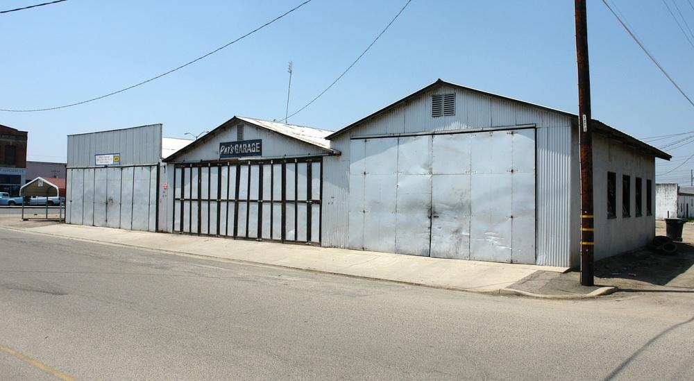 ±3,560 SF Freestanding Industrial Building