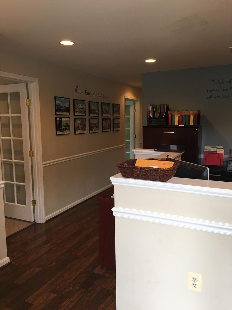Colonial Square Office Condos 116 Edwards Ferry Rd  Five Unit Office Condo Portfolio