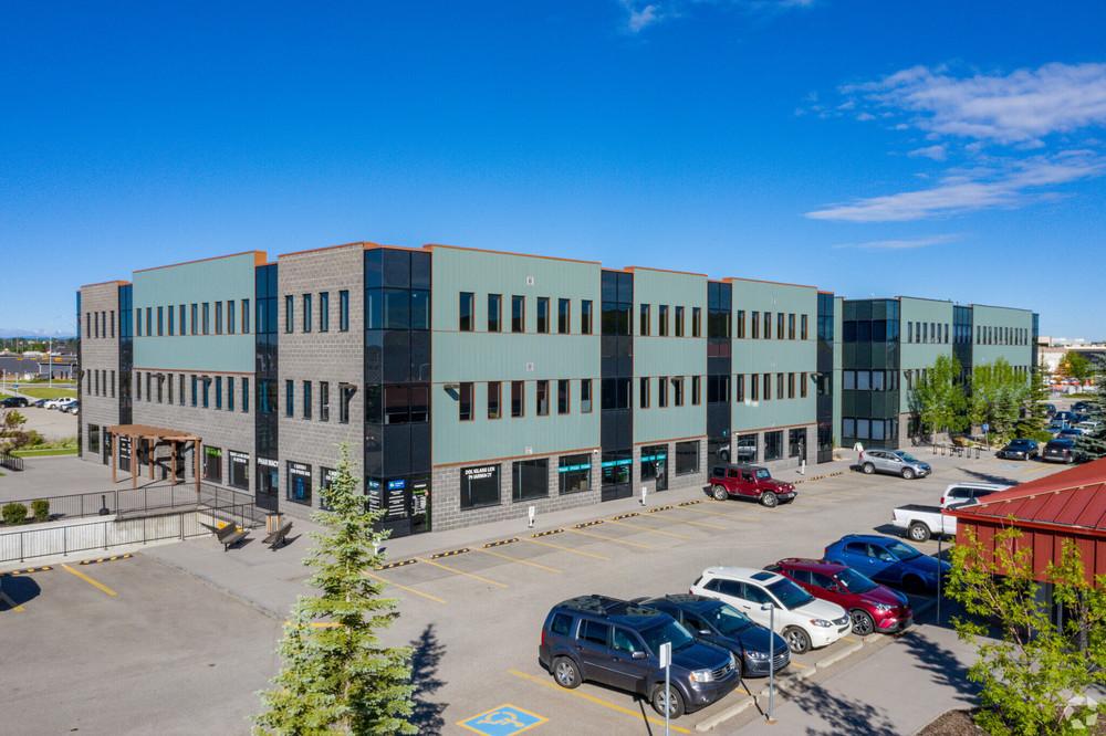 Douglasdale Professional Centre<br/><div>11420 - 27 Street SE</div><div>Calgary, AB T2Z 3R6</div>