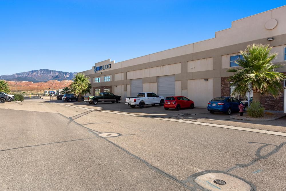 Gateway Corporate Office Warehouse