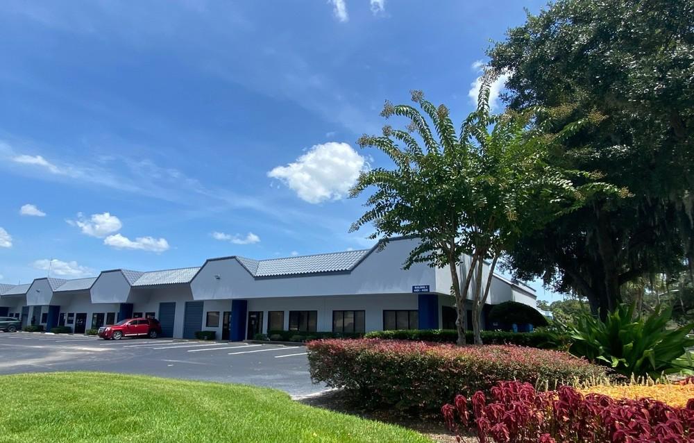 Parkway Commerce Center<br/><div>3501-4649 Parkbreeze Court</div><div>Orlando, FL 32808</div>