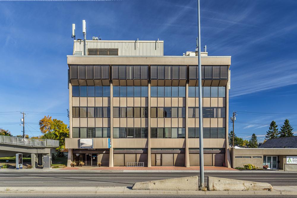 Real Equity Centre <br/><div>1716 - 16 Avenue NW</div><div>Calgary , AB T2M 0L7</div>