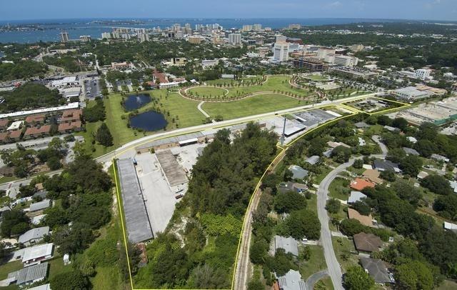 601 S. School Avenue, Sarasota, FL 34237