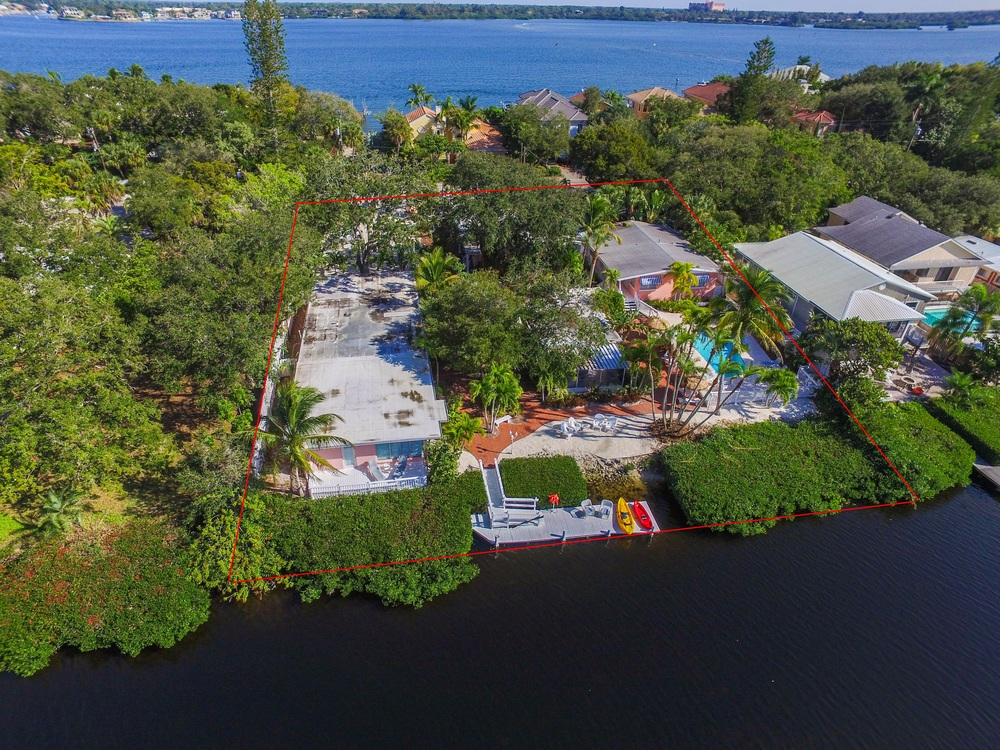 8212 Midnight Pass Rd, Siesta Key, FL 34242 - thumbnail 14 of 106