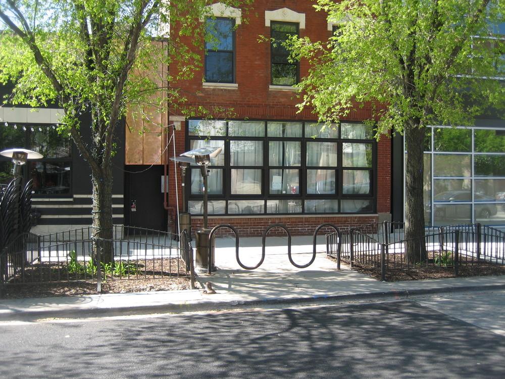 1809 W Division Street
