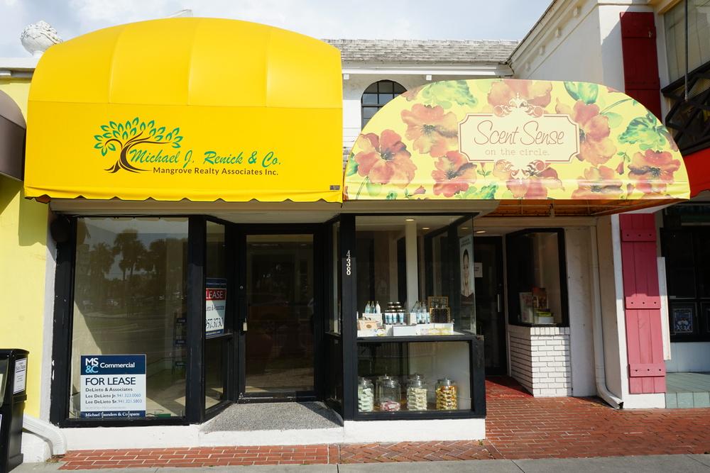438 Saint Armand's Cir., Sarasota, FL 34236