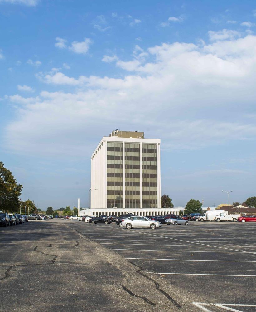 Van Dyke Comerica Building