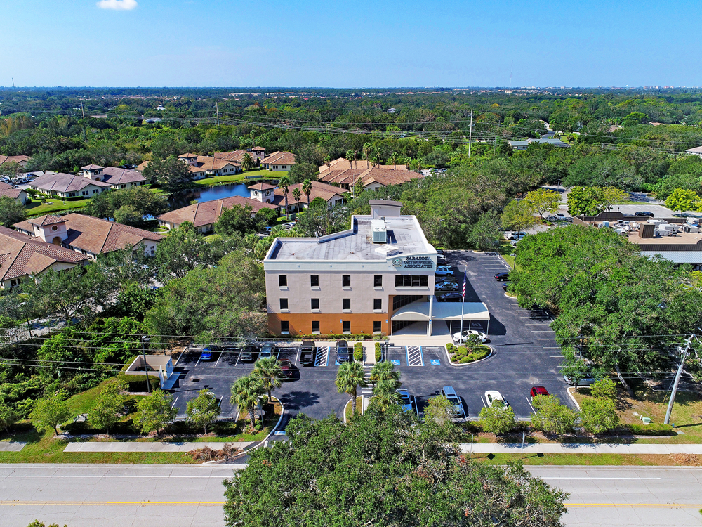 435 Commercial Court, Venice, FL 34292