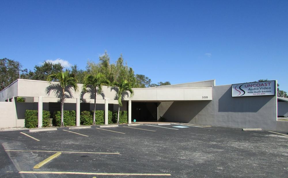 2035 Constitution Blvd., Sarasota, FL 34231