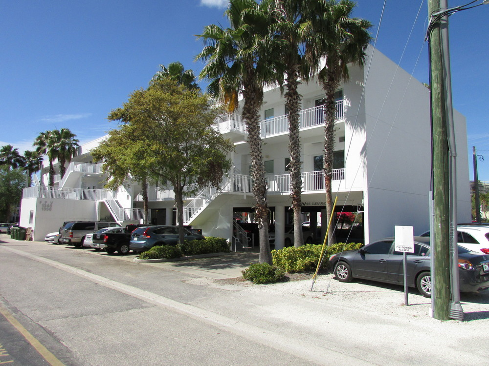 1348 Fruitville Rd., Sarasota, FL 34236