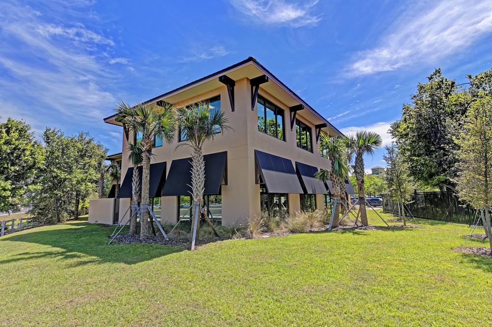 6250 Lake Osprey Drive, Lakewood Ranch, FL 34240