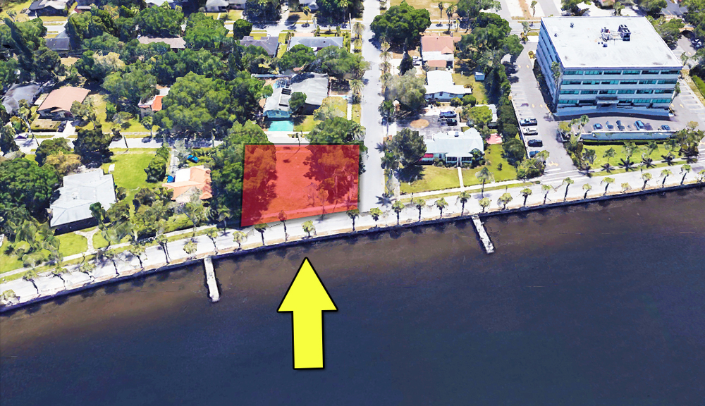 402 Riverside Drive East, Bradenton, FL 34208