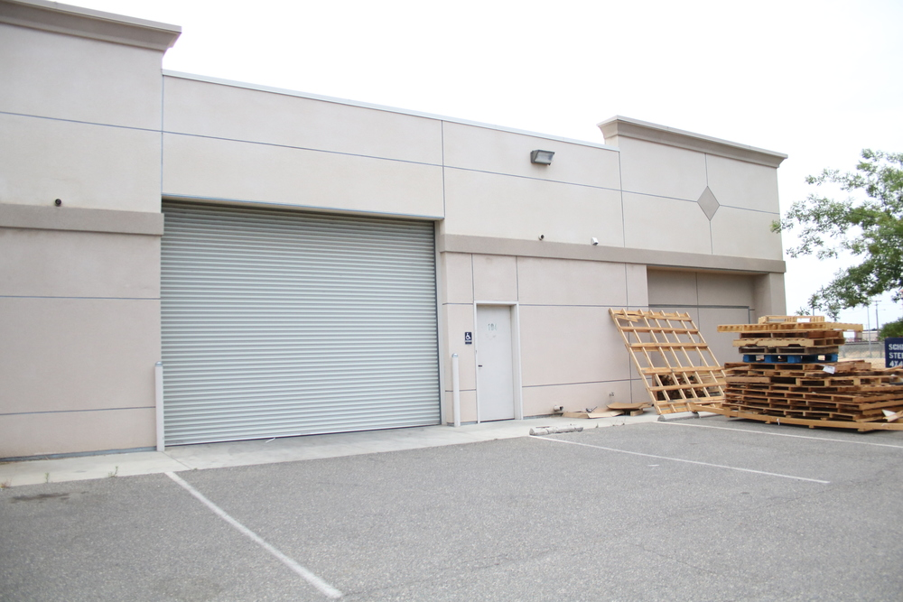 Turn Key Office/Warehouse Building in NW Fresno