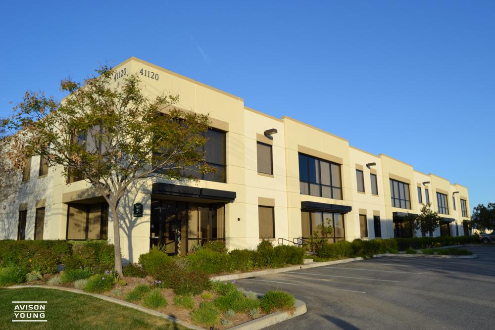 Valley Vista Comerce Center<br/><div>41120 Elm Street</div><div>Murrieta, CA 92562</div>