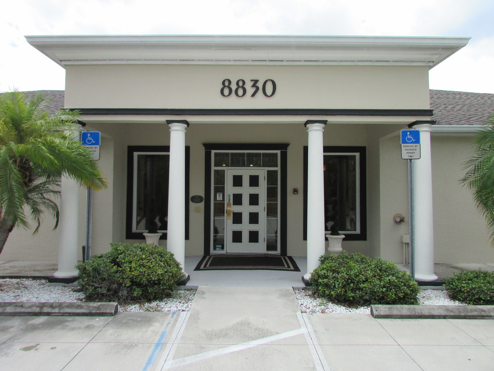 8830 S. Tamiami Tr., Sarasota, FL 34238